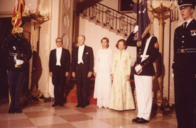 The Shah of Iran, President Ford, the Shahbanou of Iran and Betty Ford participate in a formal pose during a State Dinner. - 5/15/1975